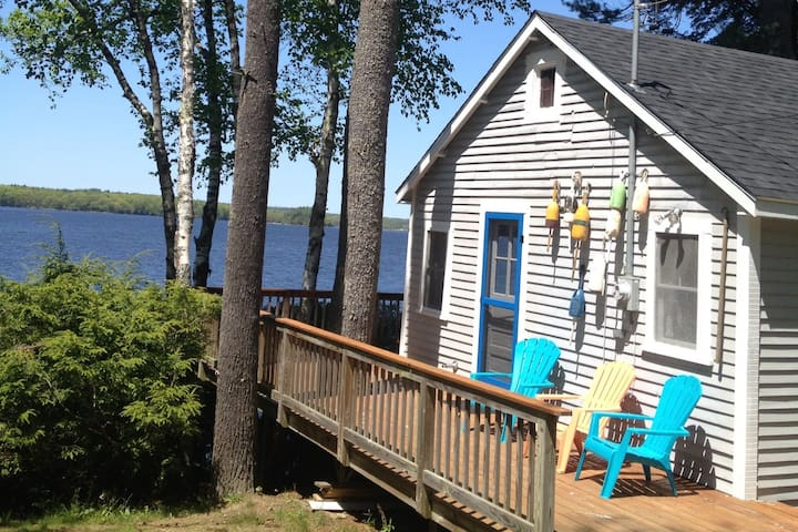 Cottage on Merrymeeting Bay