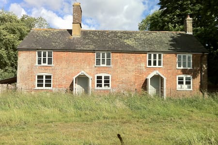 3-bed cottage on a Dorset country estate, sleeps 6 - Dorset - Casa