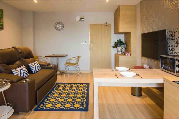 Lee (1big room,1 living room for family1-5)70 sq.m