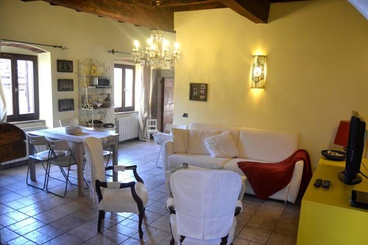 Appartamento nel centro storico Tuscan Style - Castagneto Carducci