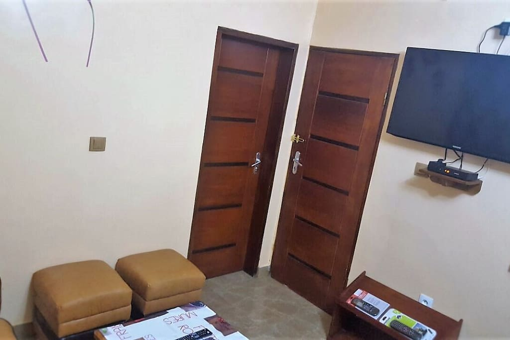 logement douala meilleur rapport qualit prix apartments for rent in douala littoral cameroon. Black Bedroom Furniture Sets. Home Design Ideas