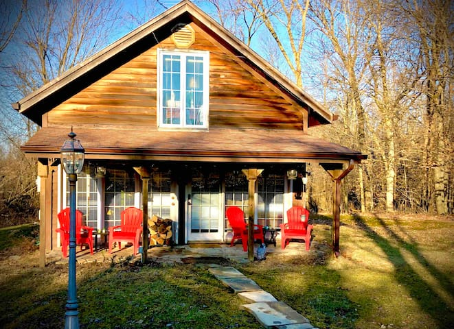 **Cozy Cabin near Mid Ohio racetrack Lexington