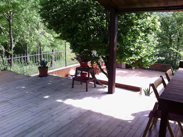 Veranda in decking...