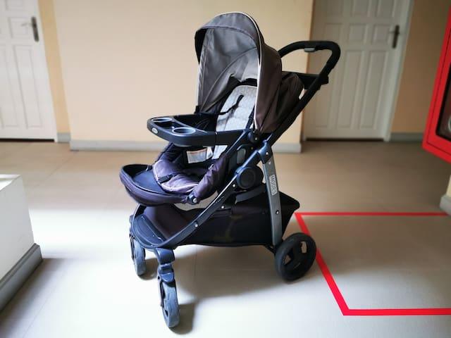 Мы предоставим Вам коляску Graco, хорошую кроватку и горшок для Вашего малыша