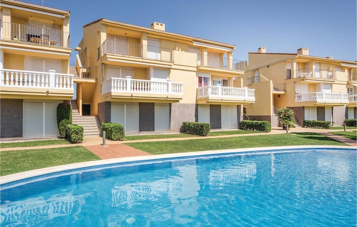 Holiday apartment with 2 bedrooms on 65m² in Sant Jordi