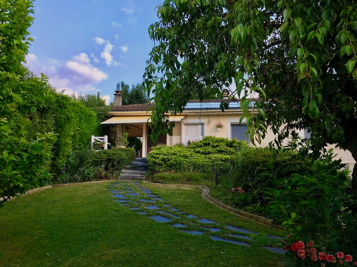 Countryside ***** living near Amiens & Paris 100m²