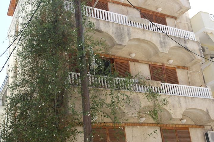 Eνοικιαζόμενα Δωμάτια Eleni Rooms - Loutra Edipsou - Appartement