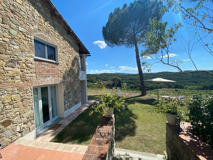 """Casa """"del nonno""""  con piscina nel Chianti"""