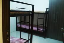 First Class Boarding House (Fan Room 1)