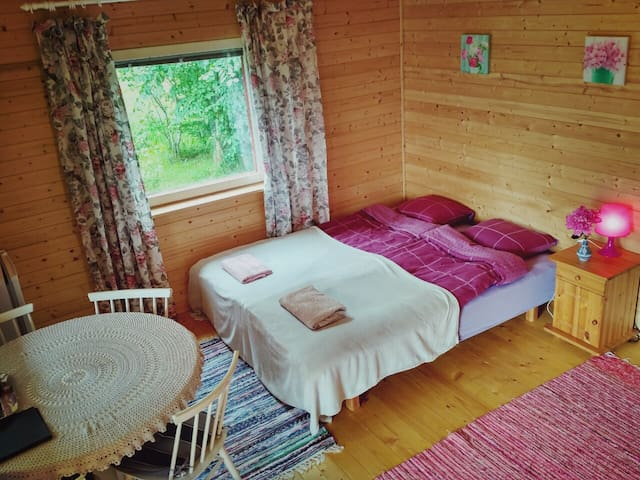 Downstairs bedroom with very comfortable single beds or a double bed