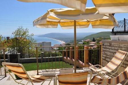 Villa Albena view - Balchik - Villa
