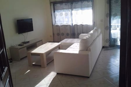 Beau T4 , grand et confortable - Vila Verde - Apartament