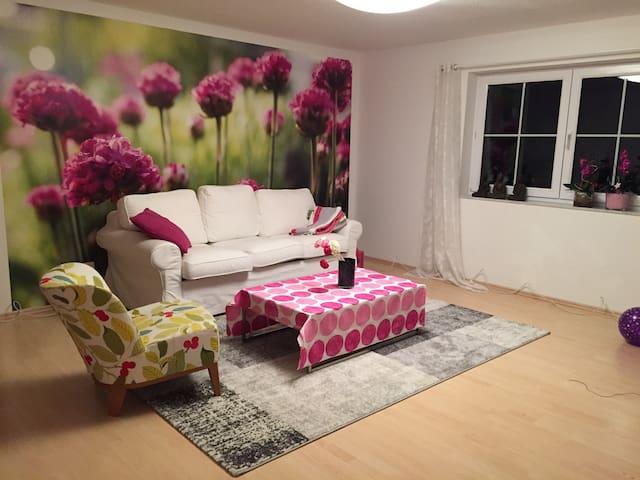 Gemütliche, ruhige Einliegerwohnung,gut erreichbar - Bubenreuth - Wohnung