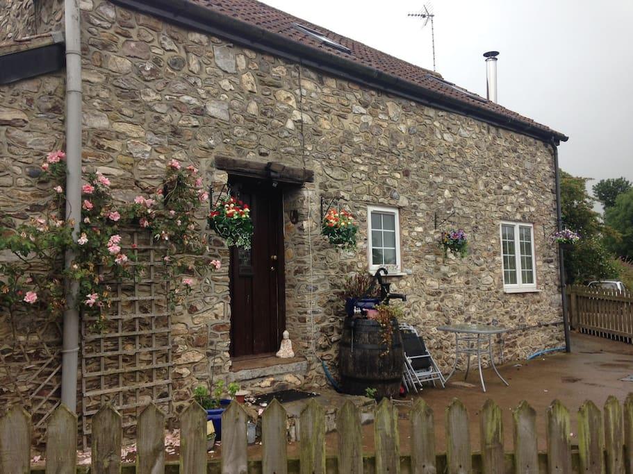 Munty Cottage