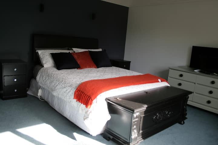 Master suite in Wanaka