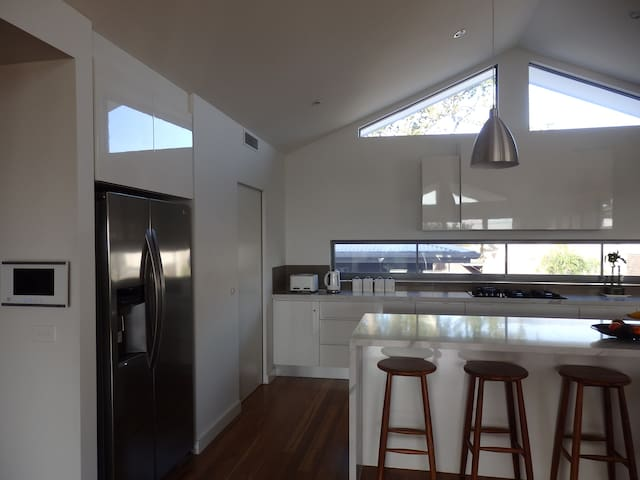 Fishermans Beach House - Mornington