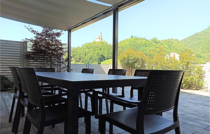 Amazing home in Idrija with WiFi and 4 Bedrooms