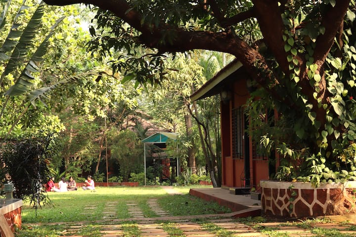 The Rippling Edge, Karjat, Cottage Room No.1