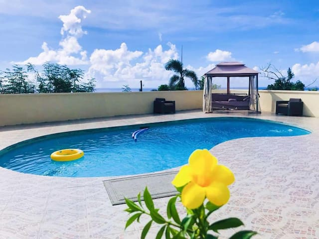 Central Saipan Single seascape Swimming Pool Villa
