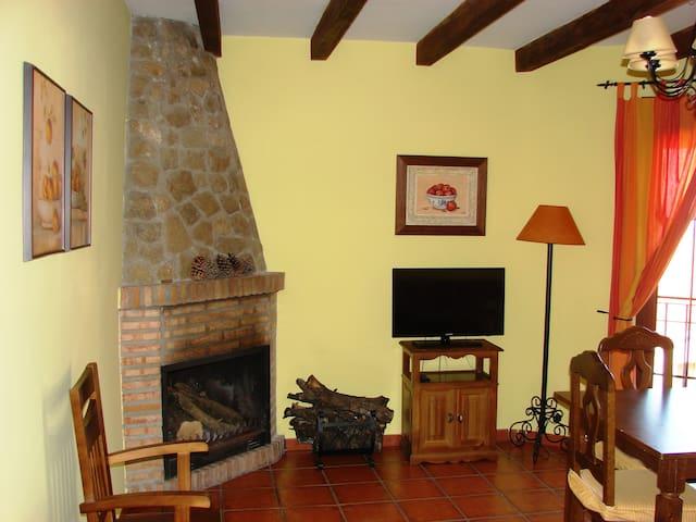 """Apartamento """"Sierra de Segura"""" (4 pax)"""