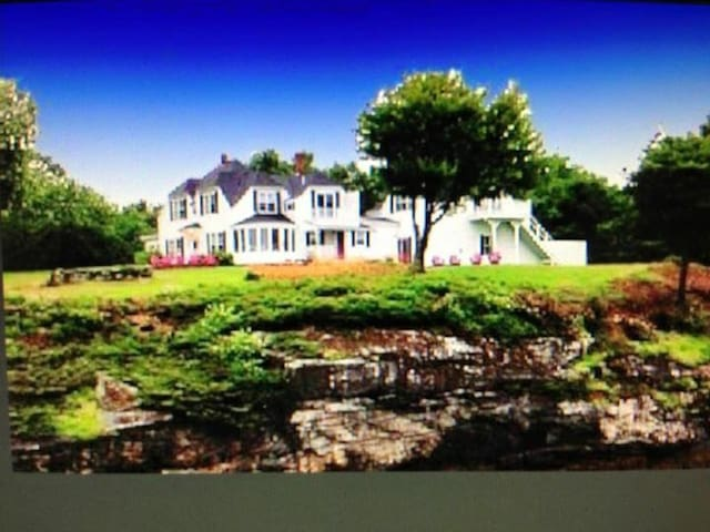 Vintage Waterfront Cottage MAGICAL! - Wiscasset