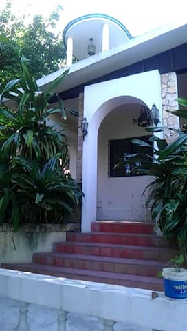 rameau guest house   (Email hidden by Airbnb)