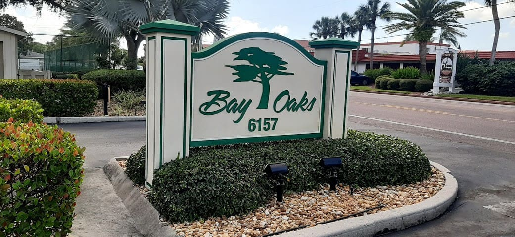 Bay Oaks Retreat 72