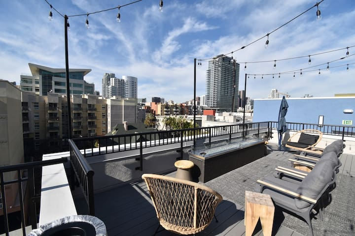 Spacious Condo, Downtown, Gaslamp, Convention Cent