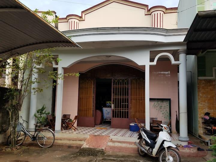 Long Khánh Family Home