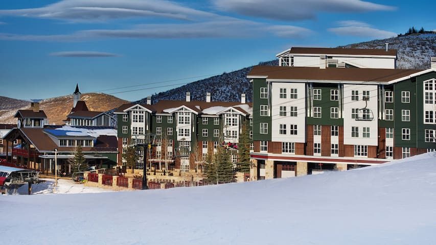 Ski In/Out⛷️ 4⭐ Marriott's Mountainside Luxury 1BR