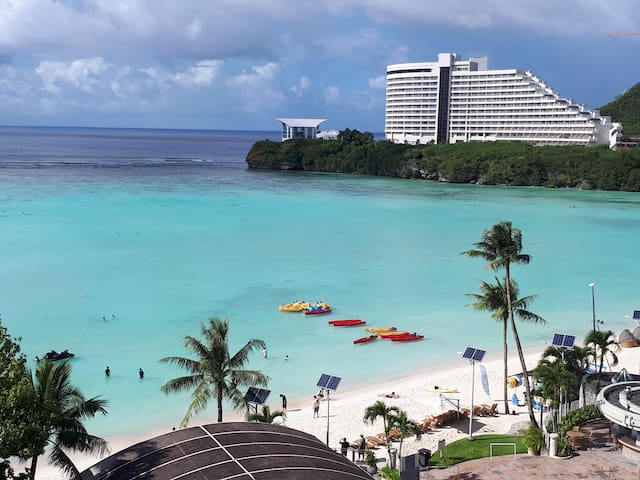 Private room in the heart of Tumon beach 3