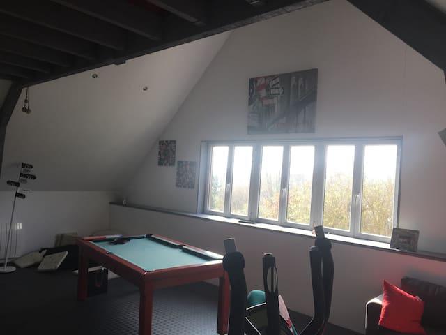 Studio centre bourg 20kms de Tours - Esvres-sur-Indre - Apartamento