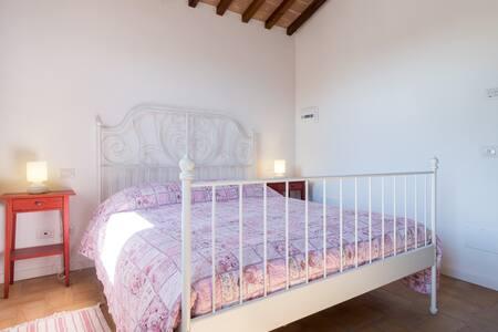 Vacanze Umbria sulle colline incantevoli di Todi! - Massa Martana - House