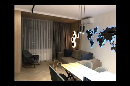 VIP 2 к студио с дизайнерским интерьером