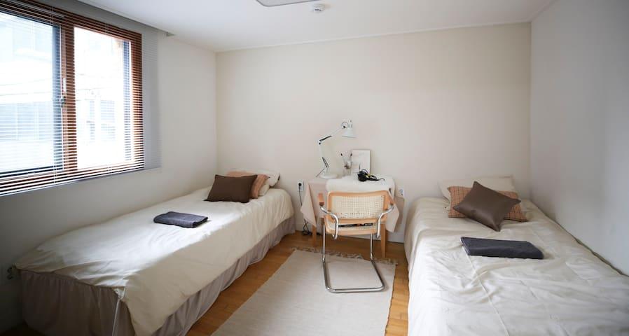 일요스테이 / Private Twin Room / Max 4 / Hongdae