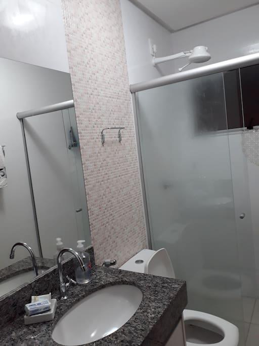 o banheiro privativo