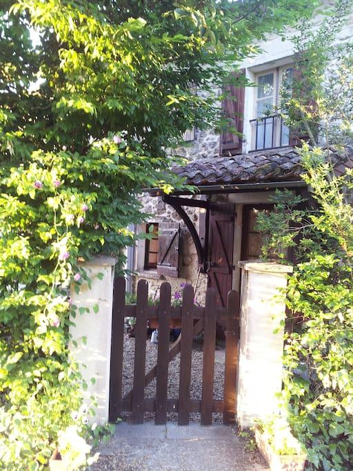 Les Vignobles Garden Gate