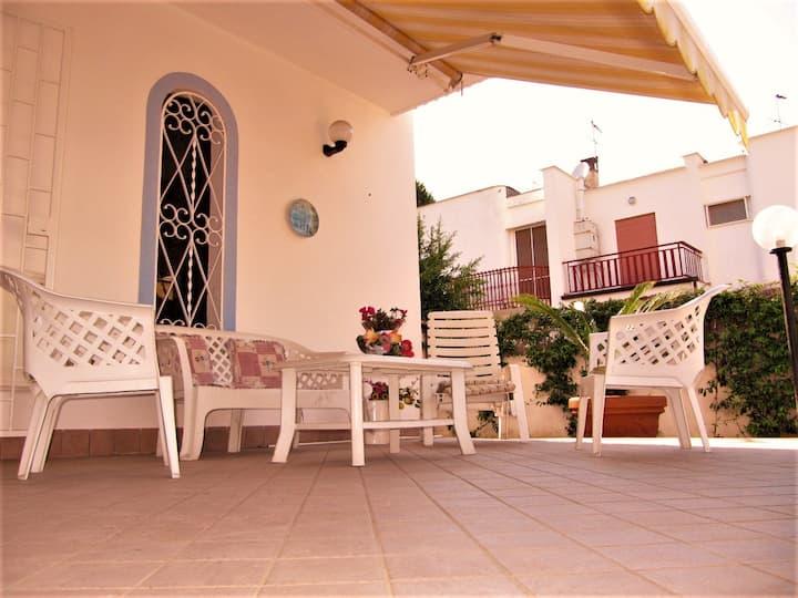 Villa 7 posti letto. Spiaggia Privata
