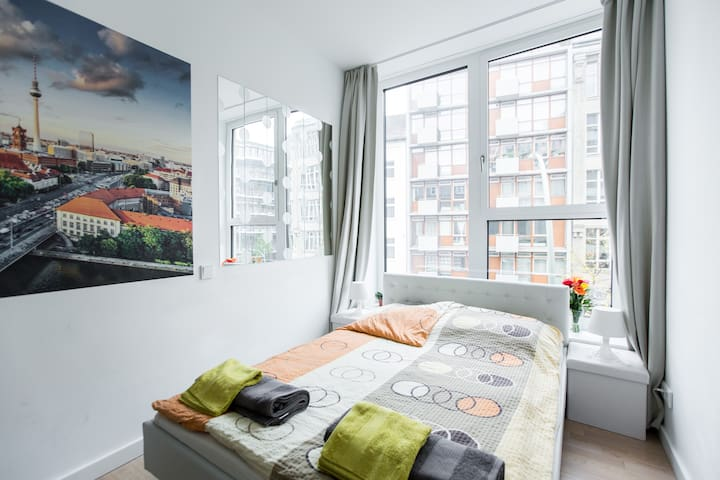 Modern room in the heart of Berlin ★ - Berlin - Apartment