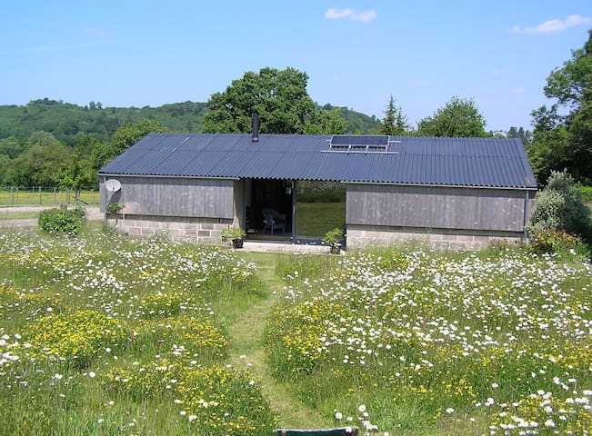 The Woodshed Hawkley - contemporary rural eco barn