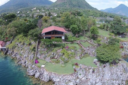 Casa a orillas del Lago Atitlan - Cerro de Oro - Hus