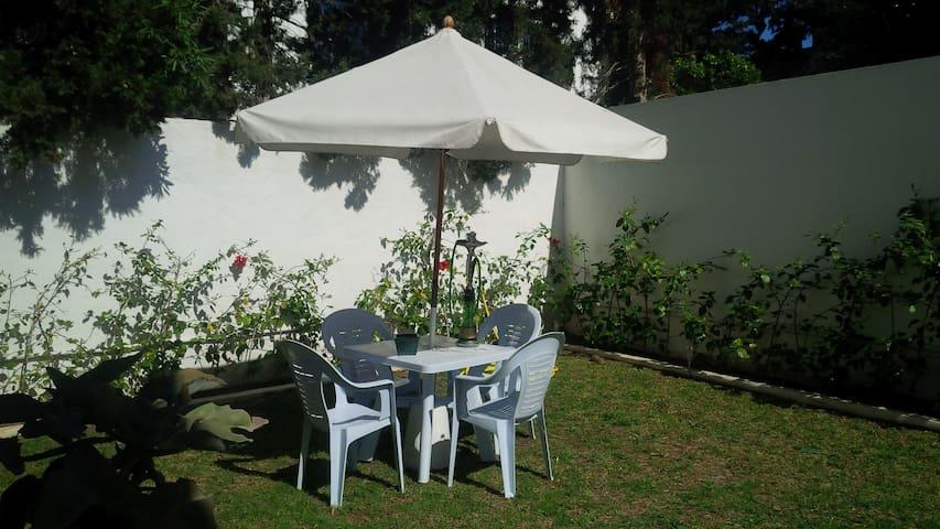 Ibiscus - ampio giardino a due passi dal mare - Hammamet Sud - 公寓