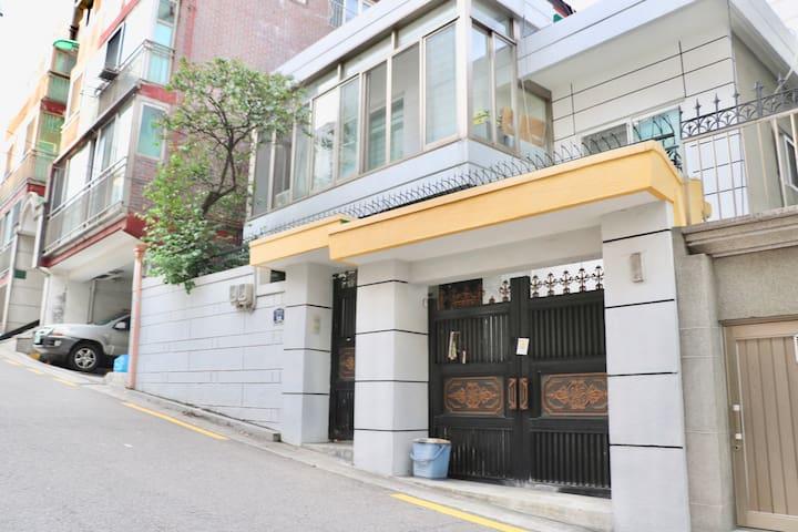 整租三居室|Three BedRoom|中区 Dongdaemun Villa/东大门/明洞