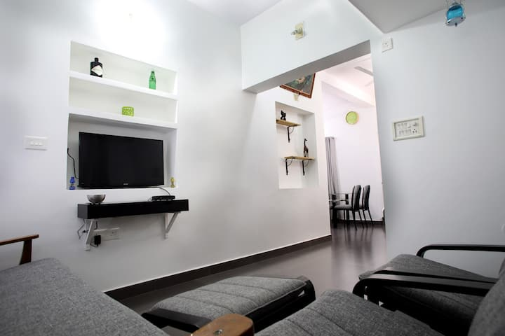 Laila's service apartment (Thripunithura, cochin )