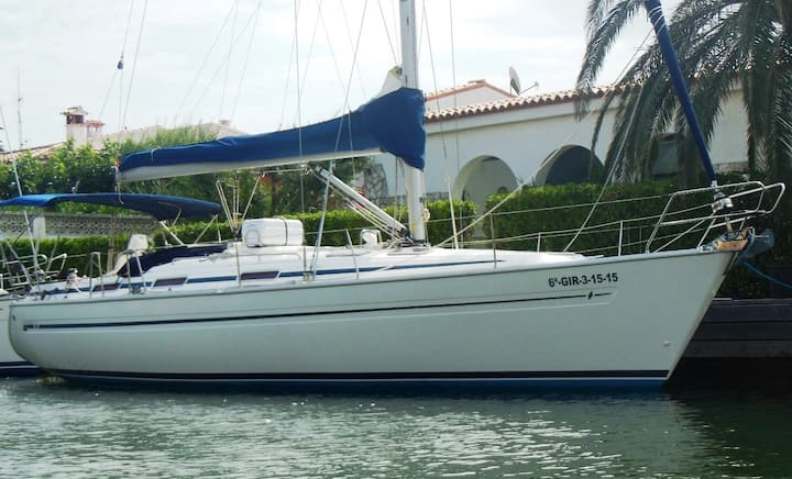 Velero Bavaria 41 listo para navegar