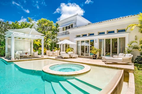 Royale Villa by Eden Roc at Cap Cana
