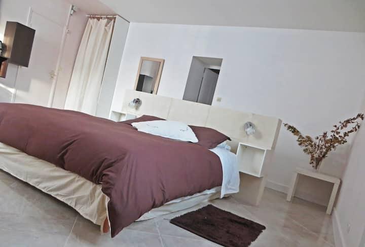 """""""Confort et sauna"""", Allegrini bnb, près d'Amboise."""
