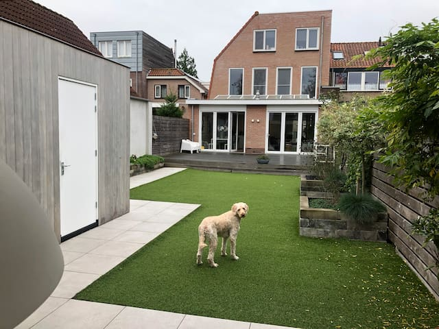 Large well equipped house near Amsterdam and beach