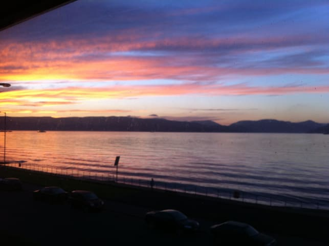 Beautiful coastal location; Ashburn Gate, Gourock - Gourock - Lägenhet