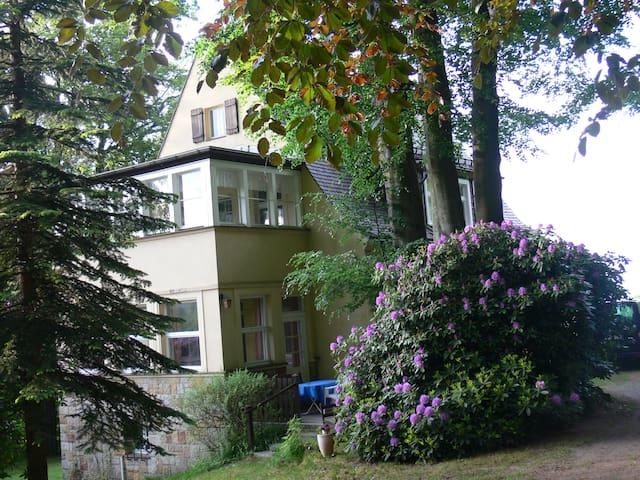 Ferienwohnung Lauscheblick - Jonsdorf - Haus